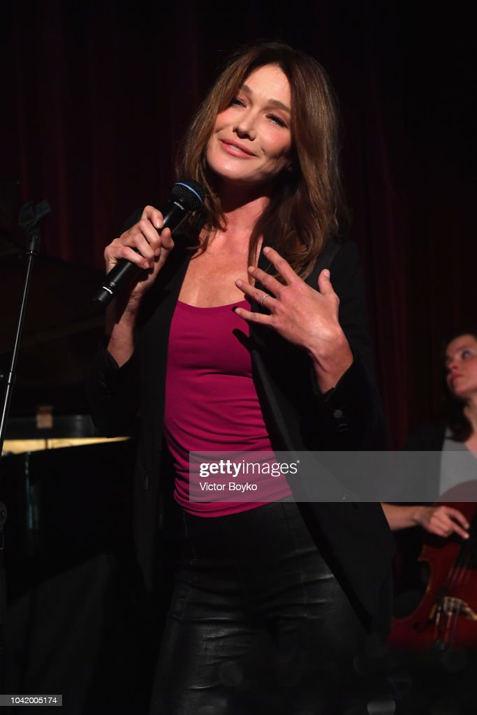 carla-bruni-performs-at-the-naked-heart-france-gala-dinner-as-part-of-picture-id1042005174