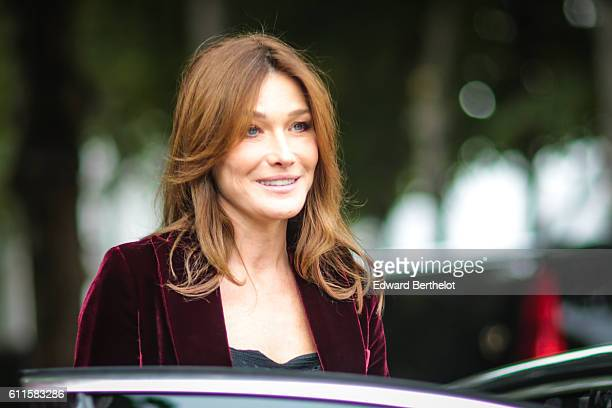 Carla Bruni Sarkozy is attending the Dior show during Paris Fashion Week Spring Summer 2017 at the Rodin museum on September 30 2016 in Paris France