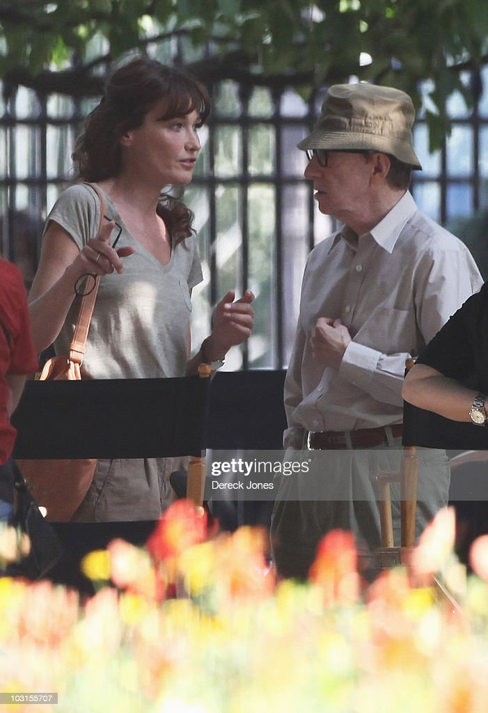 Carla Bruni Sarkozy speak with Director Woddy Allen during