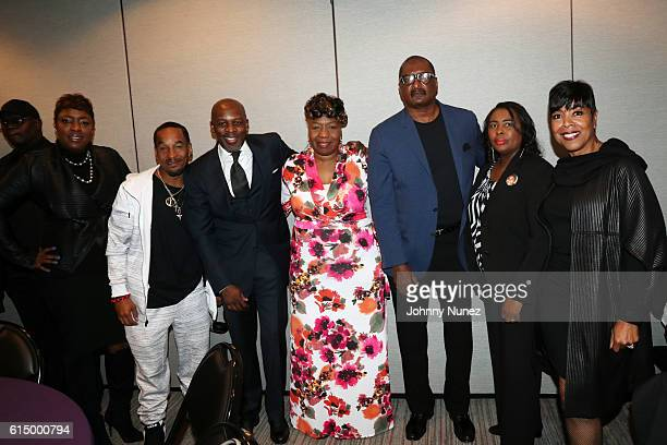 Carla Ferrell Joe Gwen Carr Matthew Knowles Wanda Johnson and Shirley Strawberry attend the 2016 Circle Of Sisters Expo at Jacob Javits Center on...