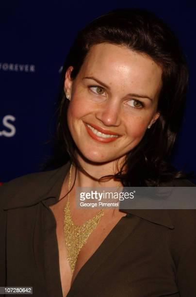 Carla Gugino during 2002 Sundance Film Festival - William Morris Party hosted by Diesel Jeans, A Diamond is Forever and Details Magazine at The Shop...