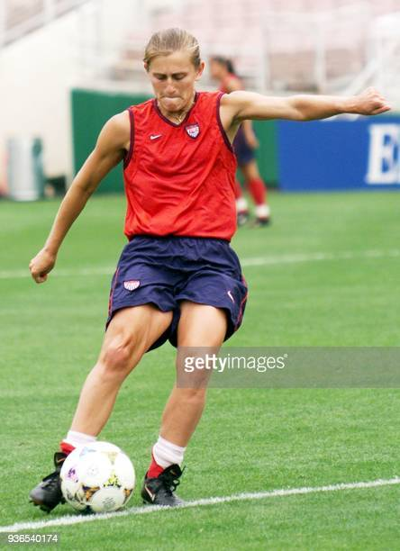 Carla Overbeck of the US women's soccer team during practice at the Rose Bowl 09 July 1999 in preparation for the 1999 Women's World Cup Finals...