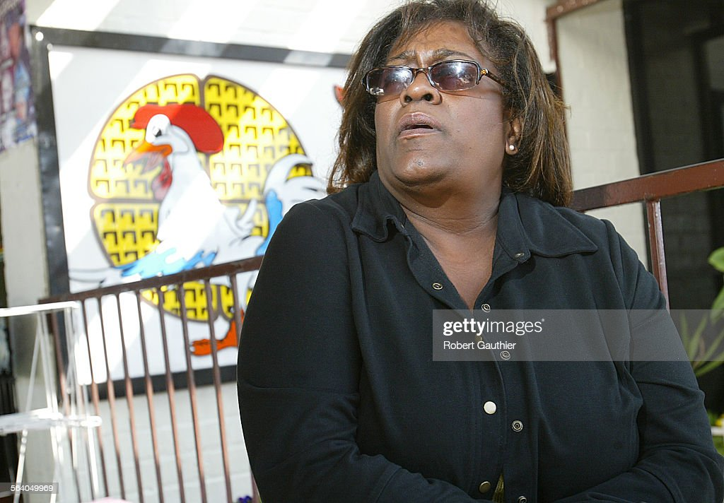 Carla Rose–Pryor talks about why she will vote for Bernard Parks while waiting outside Roscoe's Chi : News Photo
