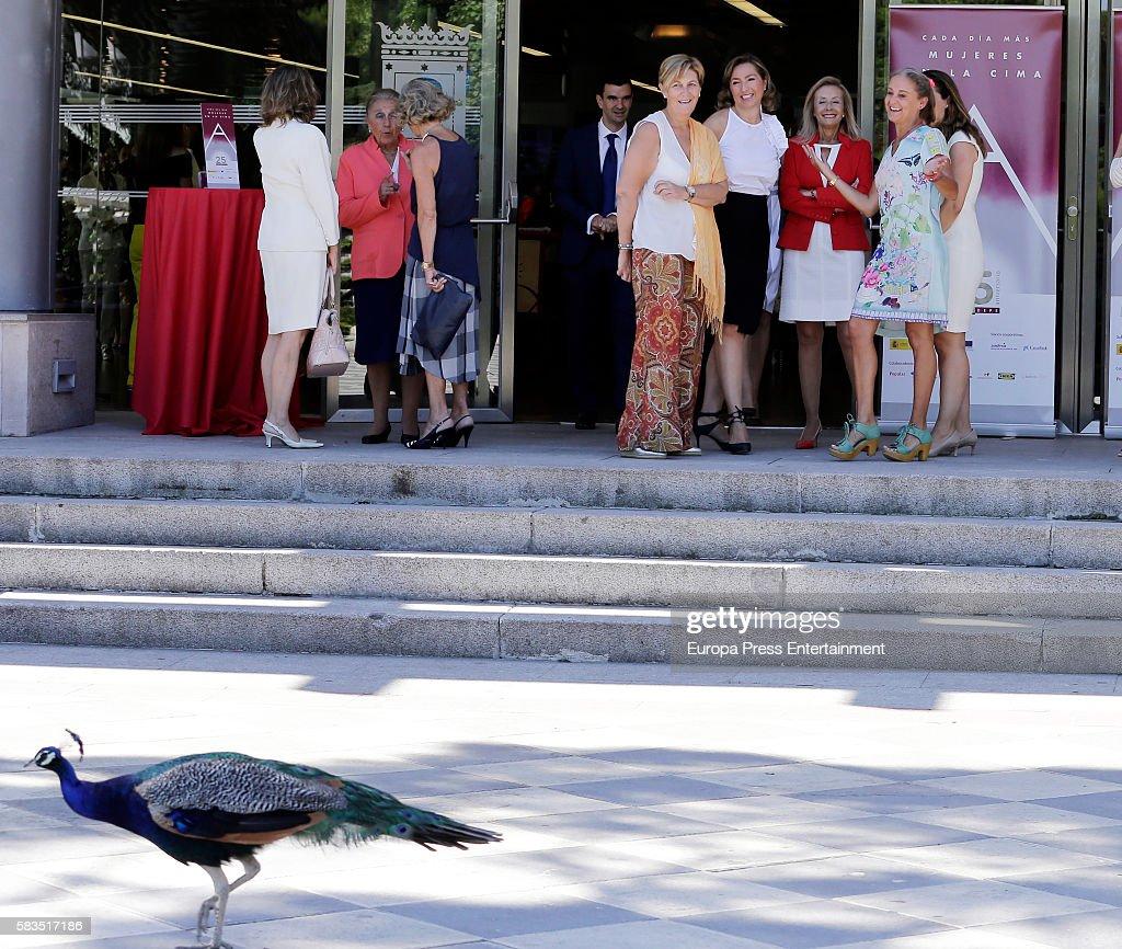 Carla Royo-Villanova (R) attends FEDEPE Awards at Cecilio Rodriguez gardens on July 26, 2016 in Madrid, Spain.