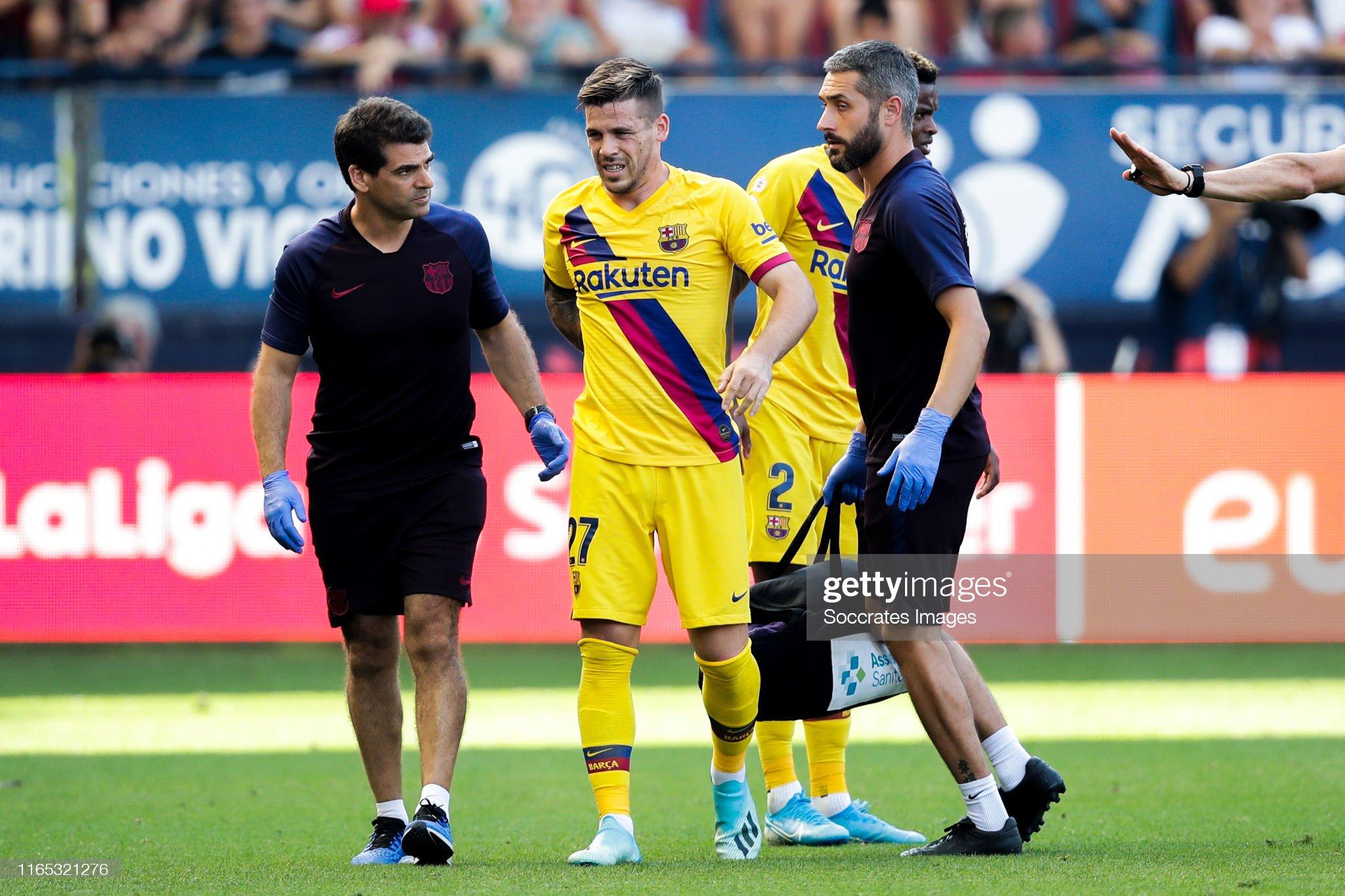 صور مباراة : أوساسونا - برشلونة 2-2 ( 31-08-2019 )  Carles-perez-of-fc-barcelona-during-the-la-liga-santander-match-v-picture-id1165321276?s=2048x2048