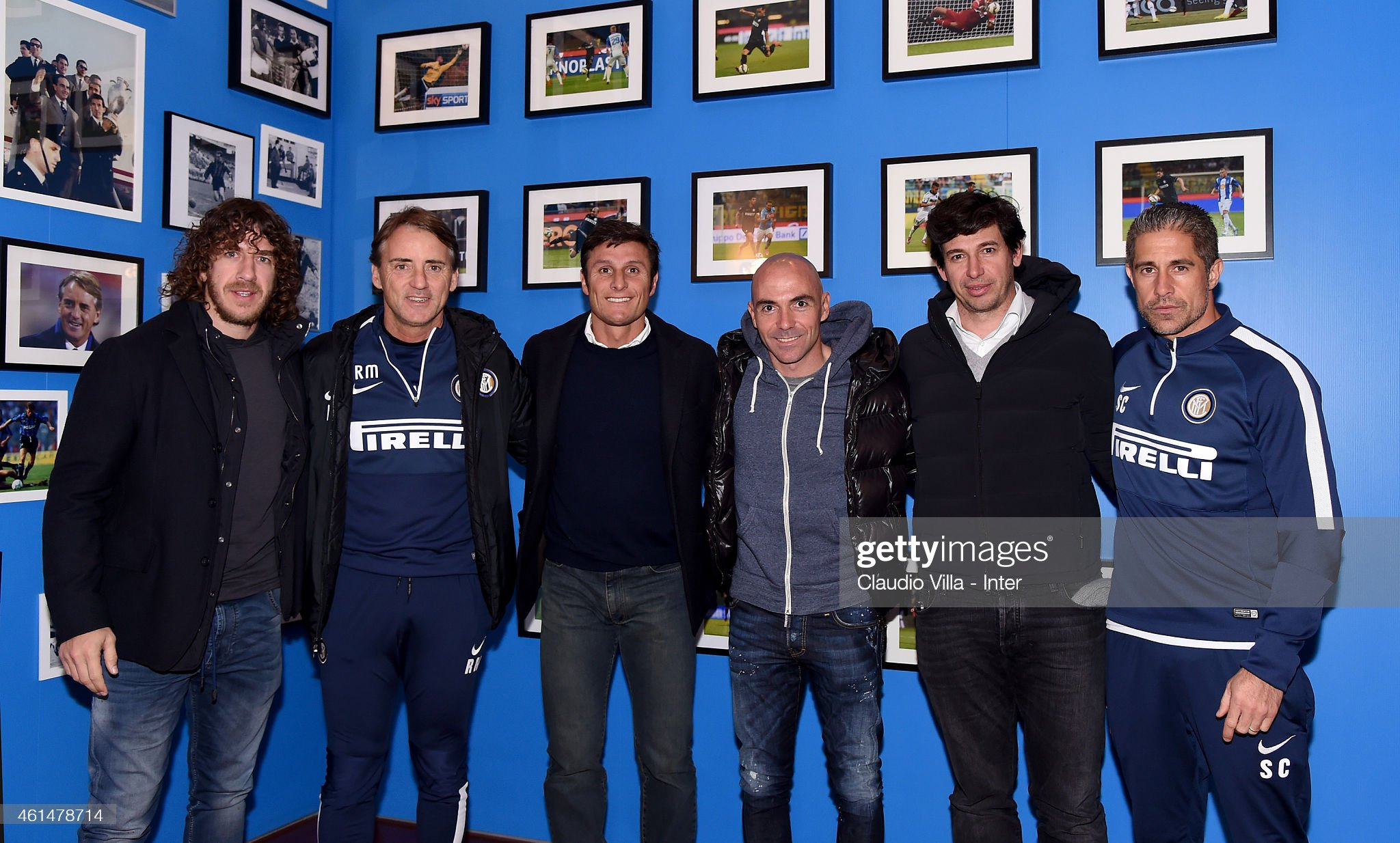 ¿Cuánto mide Carles Puyol? - Altura - Real height - Página 4 Carles-puyol-roberto-mancini-javier-zanetti-ivan-de-la-pena-demetrio-picture-id461478714?s=2048x2048