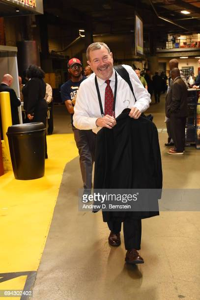 Carlesimo enters the arena before the game of the Cleveland Cavaliers and the Golden State Warriors during Game Three of the 2017 NBA Finals on June...