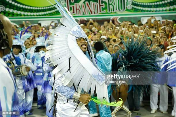 Carlinhos Brown attends the Carnival parade on the Sambodromo during Rio Carnival on February 16 2015 in Rio de Janeiro Brazil