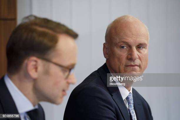 CarlLudwig Thiele board member of Deutsche Bundesbank right looks towards Jens Weidmann president of the Deutsche Bundesbank during a news conference...