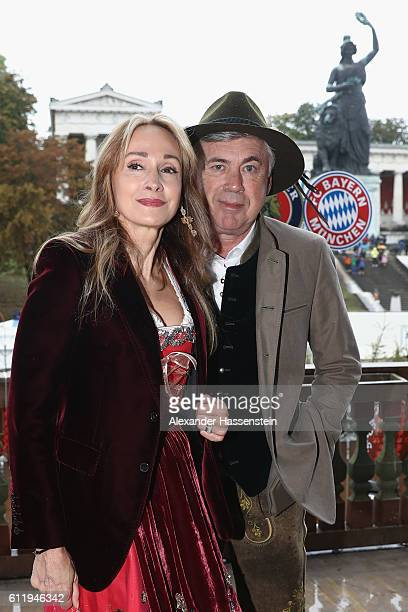 Carlo Ancelotti head coach of FC Bayern Muenchen and his wife Mariann Barrena McClay attend the Oktoberfest beer festival at Kaefer Wiesenschaenke...