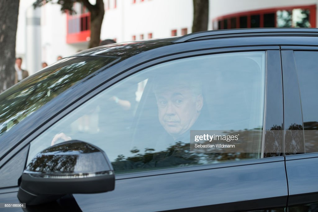Carlo Ancelotti is leaving the Saebener Strasse training ground on September 28, 2017 in Munich, Germany. FC Bayern Muenchen has sacked head coach Carlo Ancelotti after the 3 - 0 defeat in last night's UEFA Champions League match against Paris Saint-Germain.