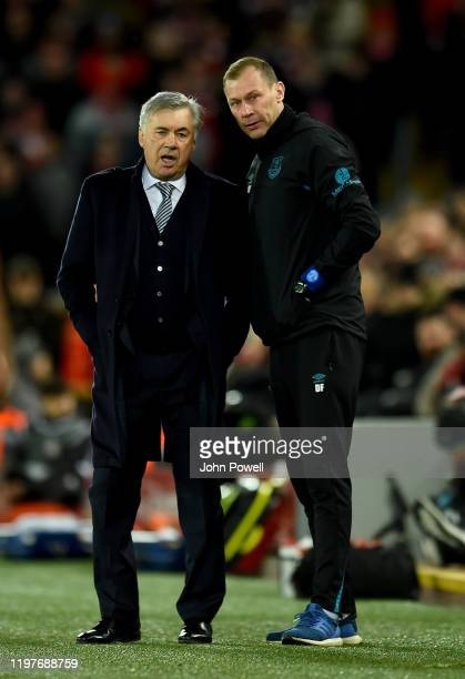 Carlo Ancelotti manager of Everton and Duncan Ferguson during the FA Cup Third Round match between Liverpool FC and Everton at Anfield on January 05...