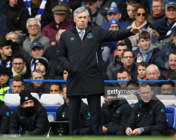Carlo Ancelotti Manager of Everton gives his team instructions during the Premier League match between Chelsea FC and Everton FC at Stamford Bridge...