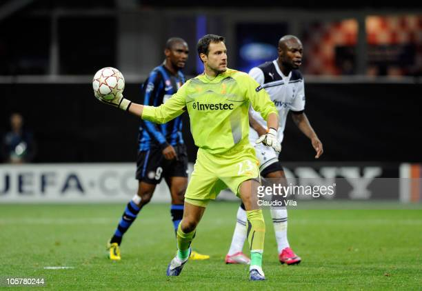 Carlo Cudicini of Tottenham Hotspur in action during the UEFA Champions League group A match between FC Internazionale Milano and Tottenham Hotspur...