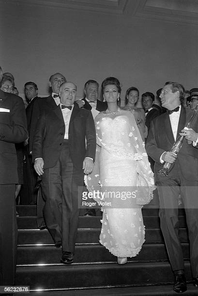 Carlo Ponti and Sophia Loren Cannes Film Festival 1966 HA1792