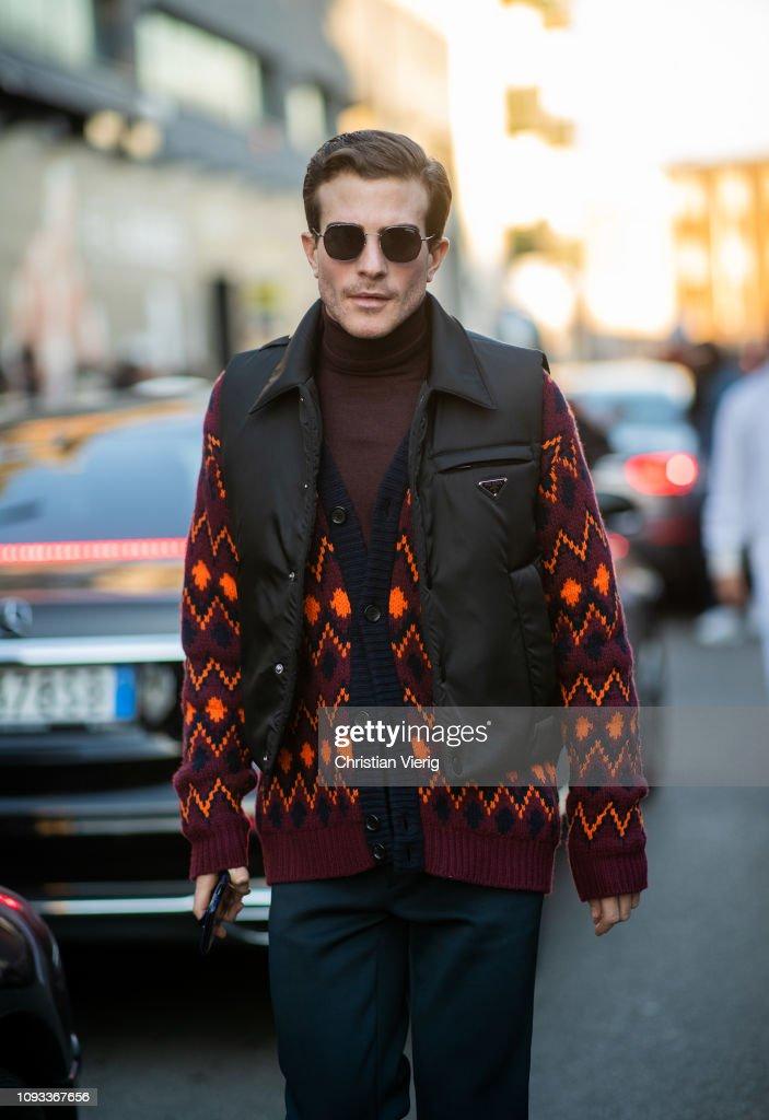 Street Style: January 12 - Milan Men's Fashion Week Autumn/Winter 2019/20 : Photo d'actualité