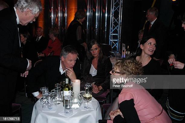 Carlo von Tiedemann Jürgen Fliege Lebensgefährtin Mechthild SeitzZiegler Julia Westlake PartyGast AftershowParty Gala 30 Jahre 3 nach 9 N3 Bremen...
