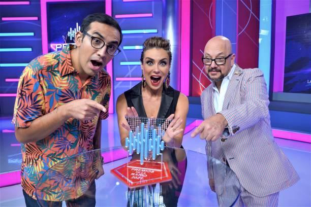 MEX: Premios de La Radio 2021 Presentation
