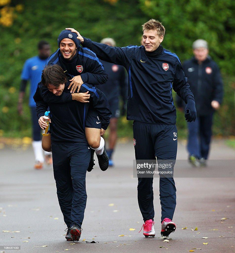 Arsenal Training Session : ニュース写真