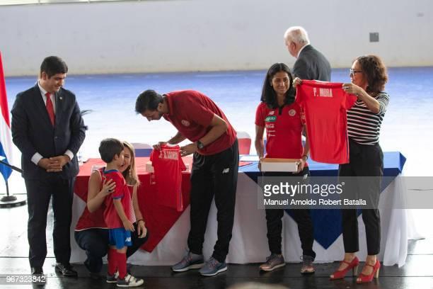 Carlos Alvarado President of Costa Rica, First Lady Claudia Dobles, Bryan Ruiz captain of Costa Rica National Team, Patricia Mora Minester of Women...