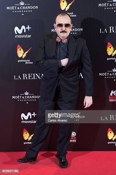 Carlos Areces attends 'La Reina de Espana' premiere at Callao City Lights on November 24 2016 in Madrid Spain