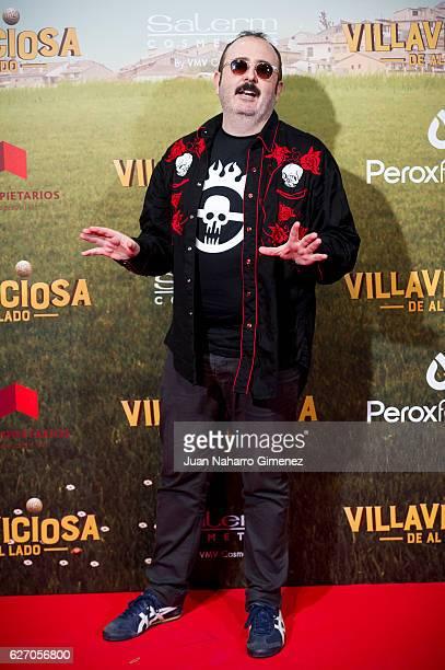 Carlos Areces attends 'Villaviciosa De Al Lado' premiere at Capitol Cinema on December 1 2016 in Madrid Spain