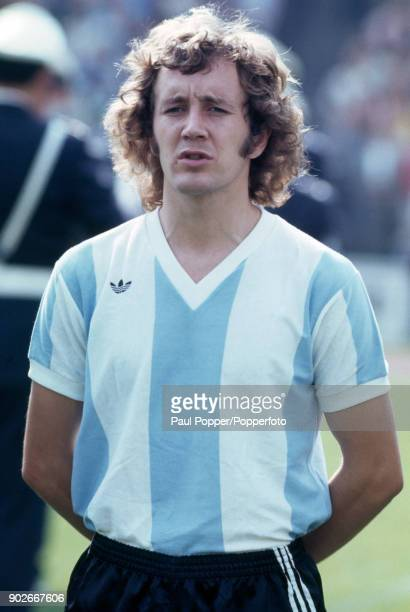 Carlos Babington of Argentina prior to the FIFA World Cup match between Argentina and Brazil at the Niedersachsenstadion Hannover 30th June 1974