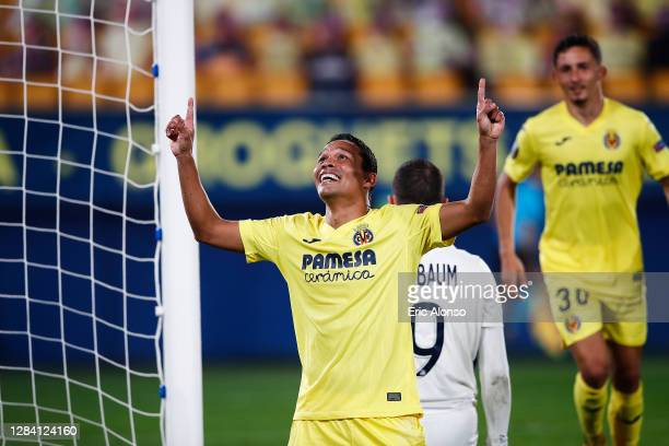 Carlos Bacca of Villarreal CF celebrates scoring his team's second goal during the UEFA Europa League Group I stage match between Villarreal CF and...