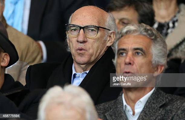 Carlos Bianchi attends the French Ligue 1 match between Paris SaintGermain FC and Olympique de Marseille OM at Parc des Princes stadium on November 9...