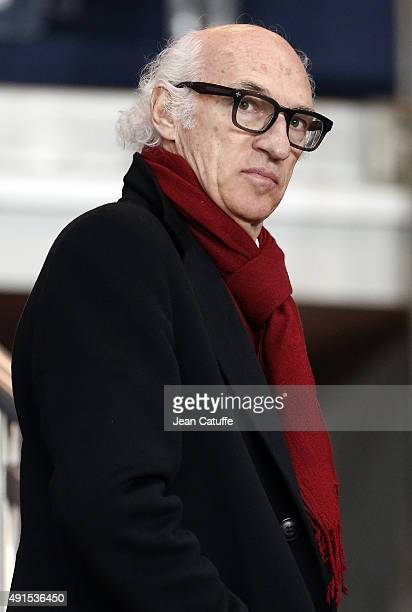 Carlos Bianchi attends the French Ligue 1 match between Paris SaintGermain FC and Olympique de Marseille at Parc des Princes stadium on October 4...