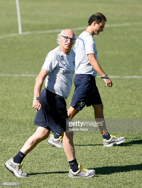 Carlos Bianchi coach of Boca Juniors looks on during a Boca Juniors training session at Casa Amarilla on january 03 2014 in Buenos Aires Argentina