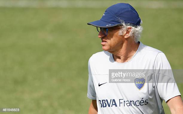 Carlos Bianchi coach of Boca Juniors looks on during a Boca Juniors training session at Casa Amarilla on January 09 2014 in Buenos Aires Argentina