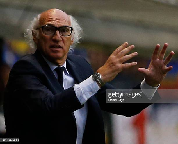 Carlos Bianchi of Boca Juniors during a match between Boca Juniors and River Plate as part of 10th round of Torneo Final 2014 at Alberto J Armando...