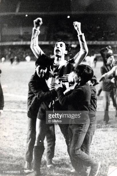 Carlos Bilardo of Estudiantes celebrates after winning a match on August 03 1967 in La Plata Argentina