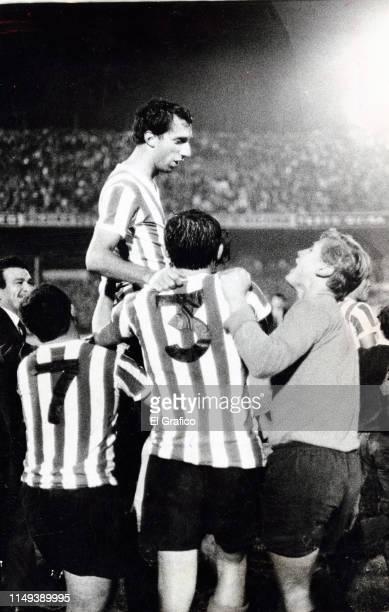 Carlos Bilardo of Estudiantes celebrates after winning the Metropolitano Championship on August 06 1967 in La Plata Argentina