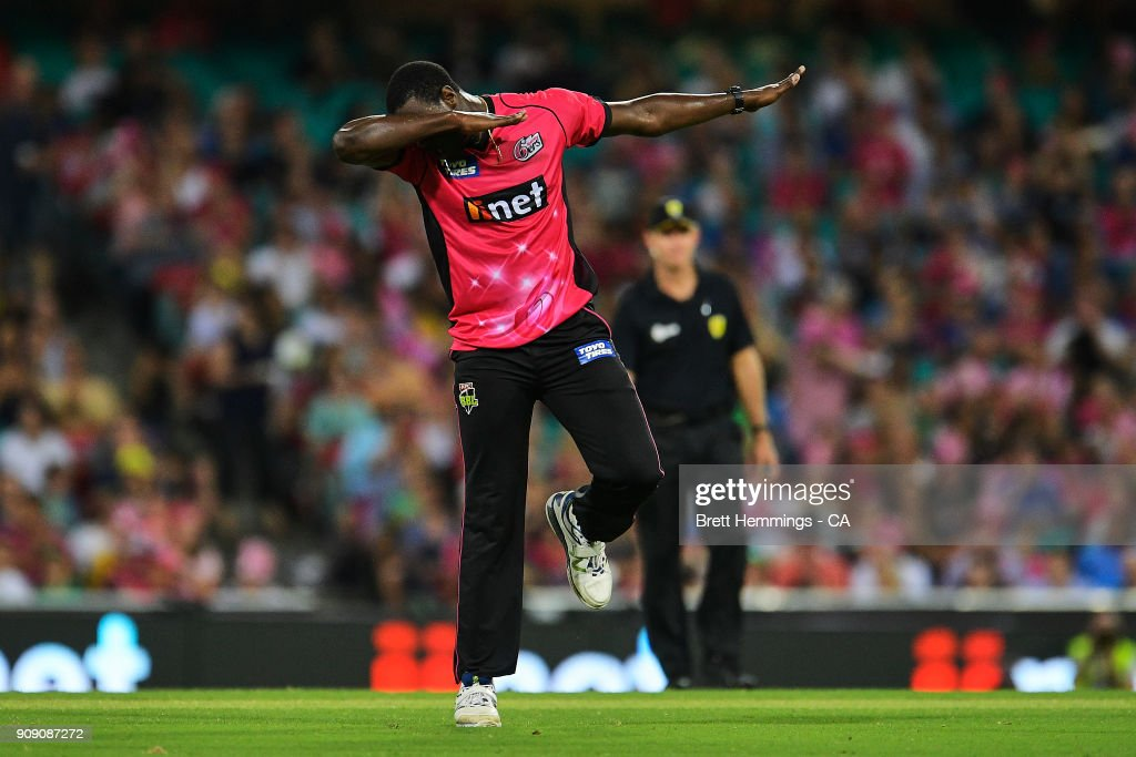 Carlos Brathwaite of the Sixers celebrates taking the wicket of Glenn Maxwell of the Stars during the Big Bash League match between the Sydney Sixers and the Melbourne Stars at Sydney Cricket Ground on January 23, 2018 in Sydney, Australia.