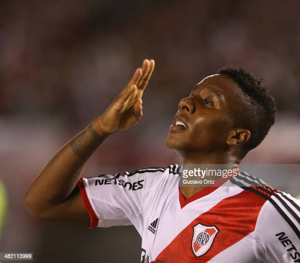 Carlos Carbonero of River Plate celebrates a scored goal during a match between River Plate and Newell's as part of 11th round of Torneo Final 2014...