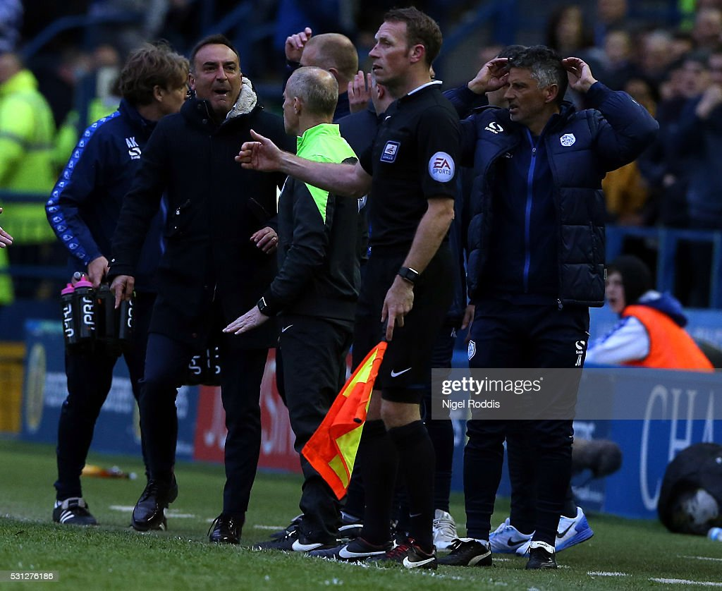 Carlos Carvalhal manager of Sheffield Wednesday (2ndL) reacts after Fernando Forestiri had his goal disallowed during the Sky Bet Championship Play Off First Leg between Sheffield Wednesday and Brighton & Hove Albion at Hillsborough on May 13, 2016 in Sheffield, England.