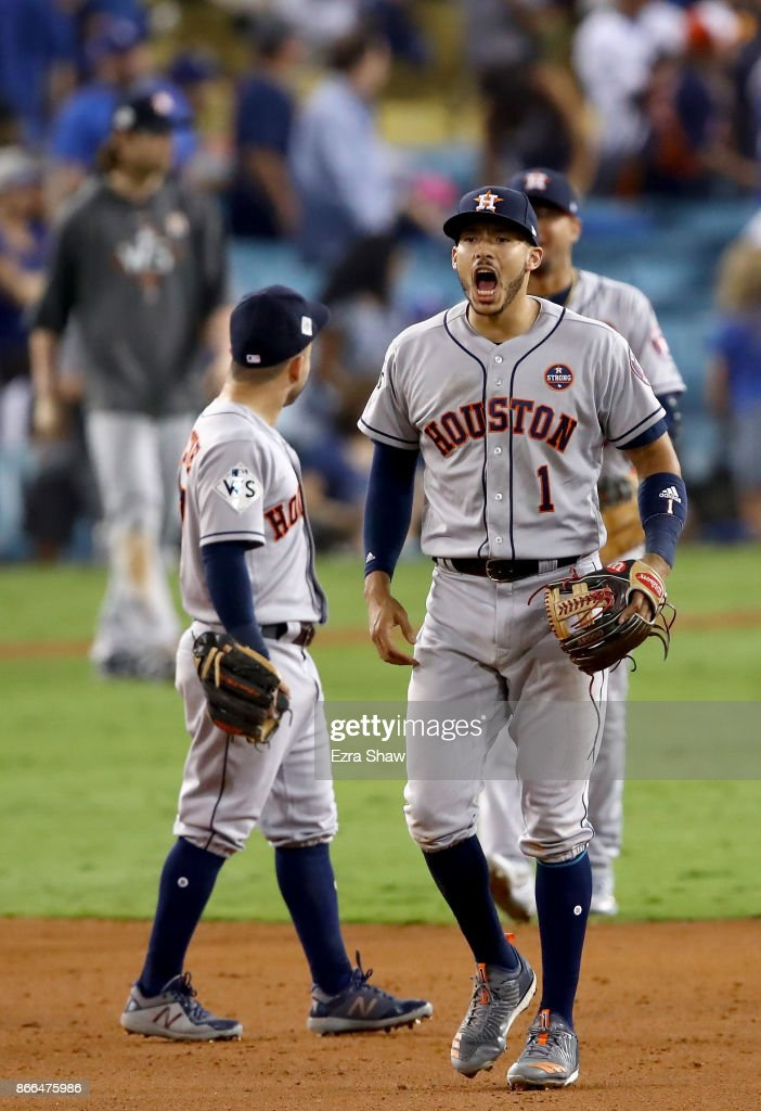 World Series - Houston Astros v Los Angeles Dodgers - Game Two : News Photo