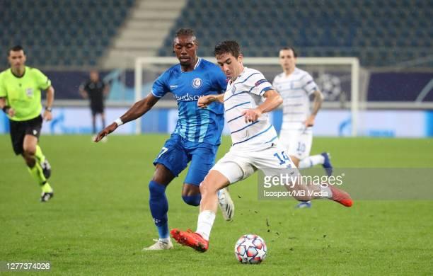 Carlos De Pena of Kyiv battles for the ball with Jordan Botaka of KAA Gent during the UEFA Champions League PlayOff first leg match between KAA Gent...