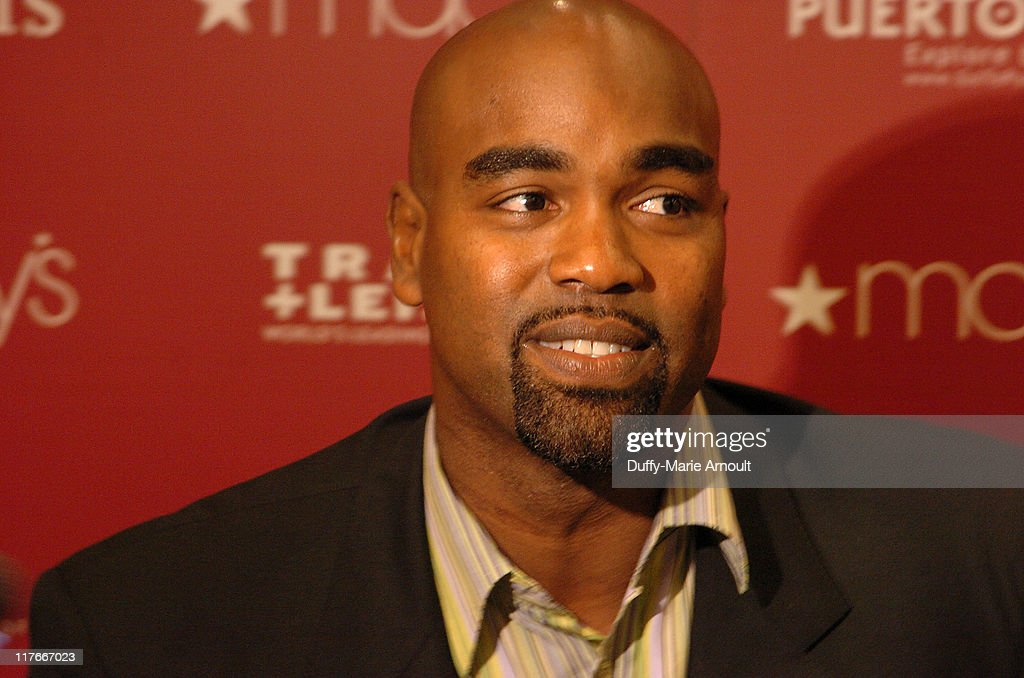 First Baseman Carlos Delgado Appears at Macy's - May 22, 2006