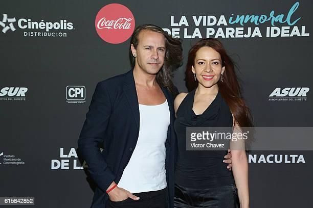 Carlos Gascon and Diana Salgado attend La Vida Inmoral De La Pareja Ideal Mexico City premiere at Teatro Metropolitan on October 19 2016 in Mexico...