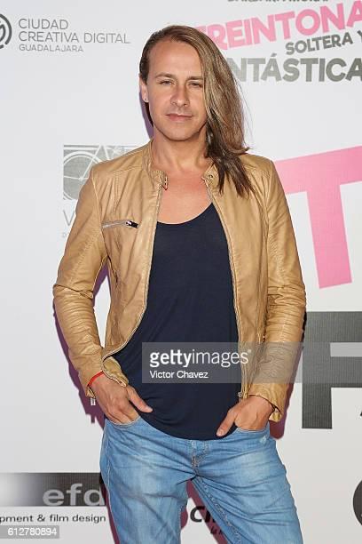 Carlos Gascon attends the Treintona Soltera Y Fantastica Mexico City premiere at Cinemex Antara Polanco on October 4 2016 in Mexico City Mexico