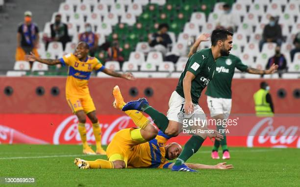 Carlos Gonzalez of Tigres UANL reacts after a challenge from Luan Garcia of SE Palmeiras which leads to a penalty for Tigres UANL during the FIFA...