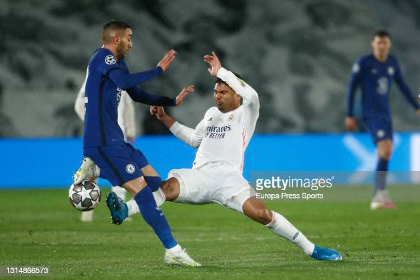 Carlos Henrique Casemiro of Real Madrid and Hakim Ziyech of Chelsea in action during the UEFA Champions League Semi Final First Leg football match...