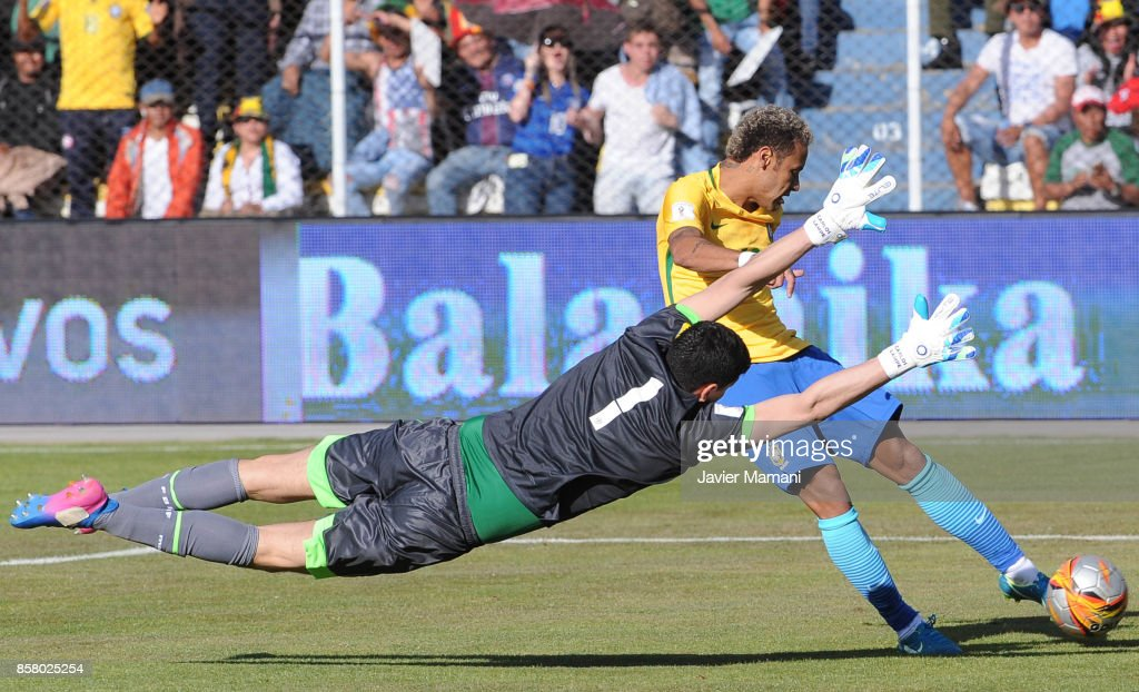 Carlos Lampe goalkeeper of Bolivia tries to make a save after Neymar Jr. of Brazil shoots on target during a match between Bolivia and Brazil as part of FIFA 2018 World Cup Qualifiers at Hernando Siles Stadium on October 05, 2017 in La Paz, Bolivia.