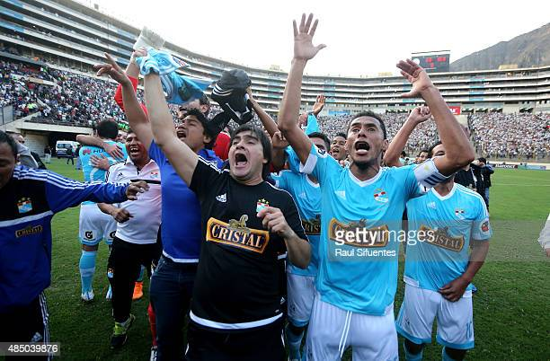 Carlos Lobaton of Sporting Cristal celebrates after winning a match between Universitario and Sporting Cristal as part of 17th round of Torneo...