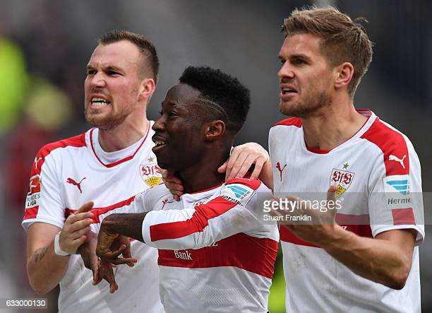 Carlos Manuel Cardoso Mane of Stuttgart celebrates scoring the goal with Kevin Gro§kreutz and Simon Terodde during the Second Bundesliga match...