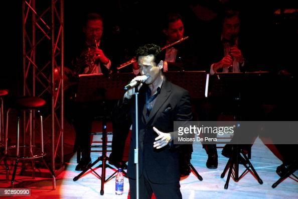 Carlos Marin of Il Divo | Carlos marín, Music star, Keep