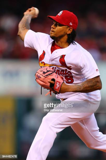 Carlos Martinez of the St Louis Cardinals delivers a pitch against the Milwaukee Brewers in the first inning at Busch Stadium on April 10 2018 in St...